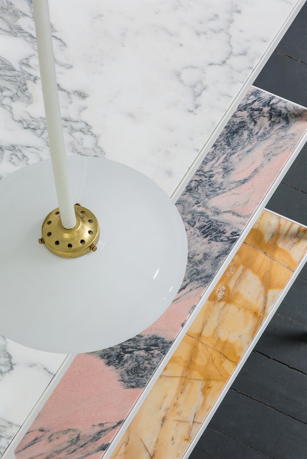marble rack + lamp